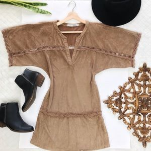 ⬇️$35 Miilla S FAUX SUEDE WIDE SLEEVE BOHO DRESS